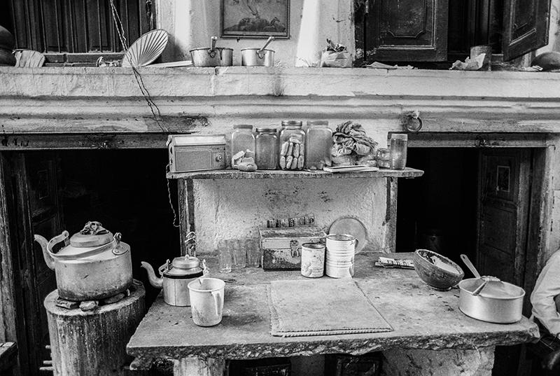 Chai Shop, Varanasi, India. photo copyright : Russell Shakespeare